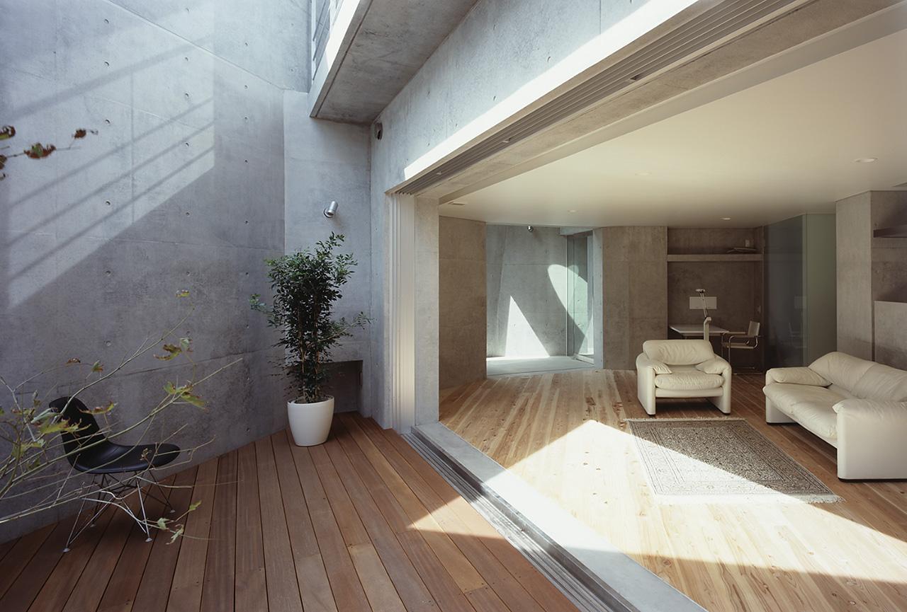 T residence